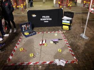 Scena di violenza domestica ricostruita da Polizia Scientifica